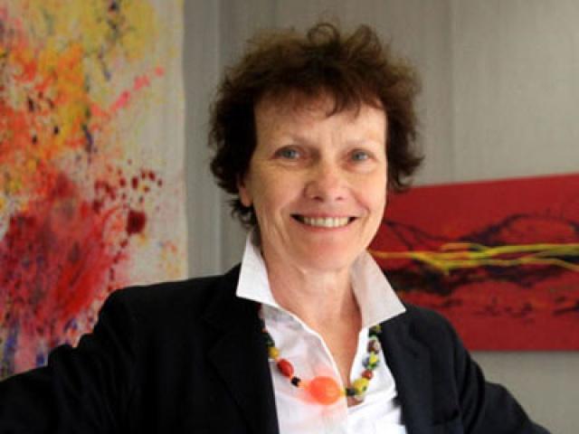 Pascale Nectoux, suivi des mémoires pour les étudiants du Mastère de Directeur Artistique en Design Graphique